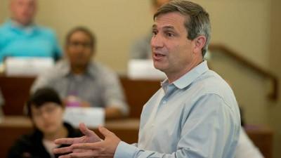 Aprenda com os erros dos outros, diz professor de Stanford